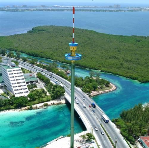 La Torre Escénica, Cancún visto desde el cielo