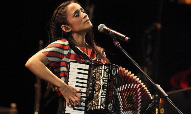 julieta venegas en concierto en xcaret