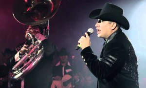 julion alvarez en cancun